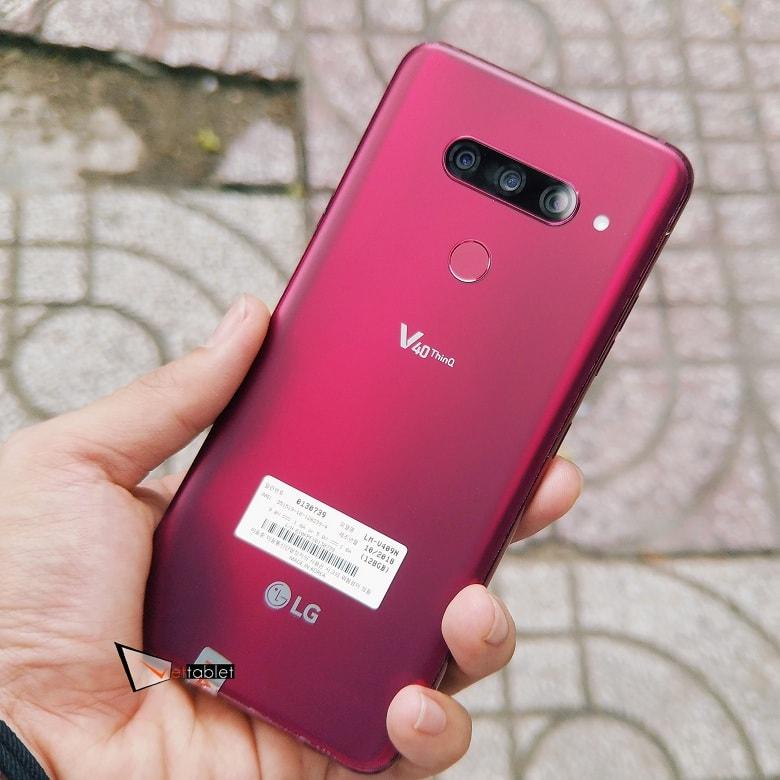 LG V40 ThinQ phiên bản màu đỏ