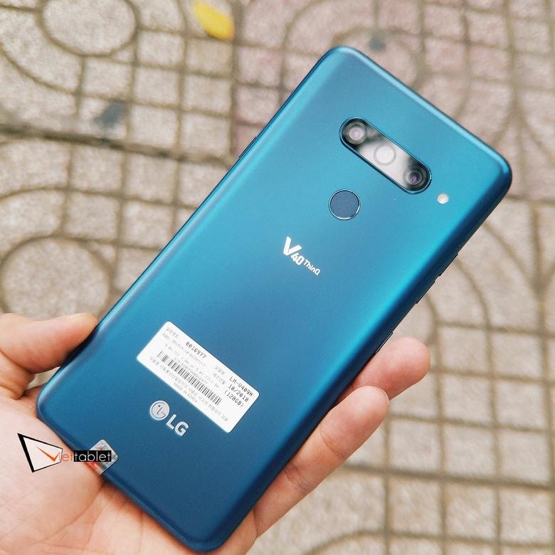 LG V40 ThinQ màu xanh