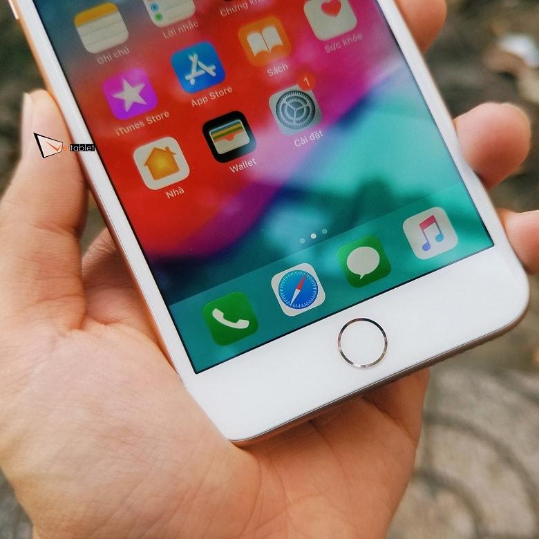 màn hình iPhone 8 Plus Lock