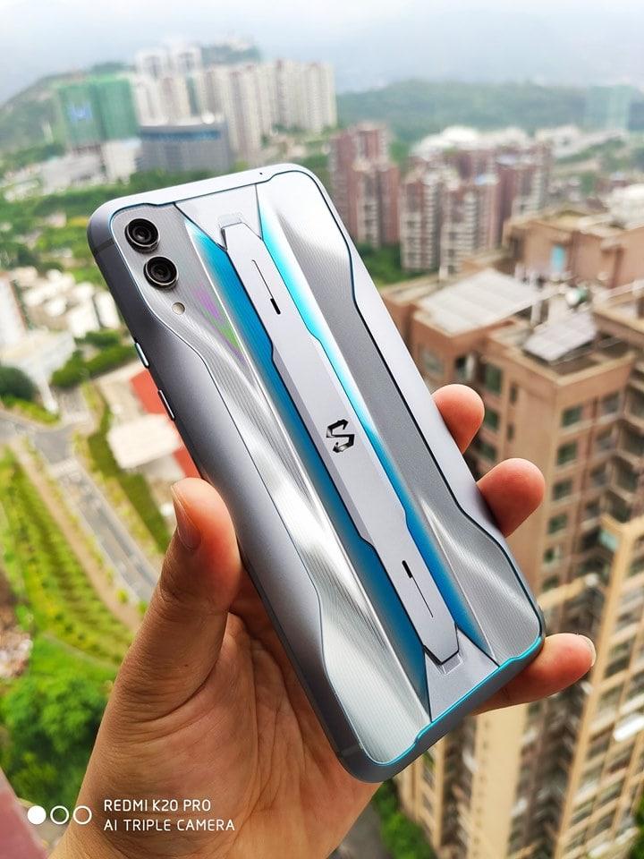 thiết kế Xiaomi Black Shark 2 Pro