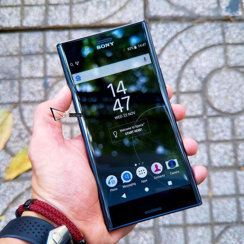 Màn hình của Sony Xperia XZ Premium like new