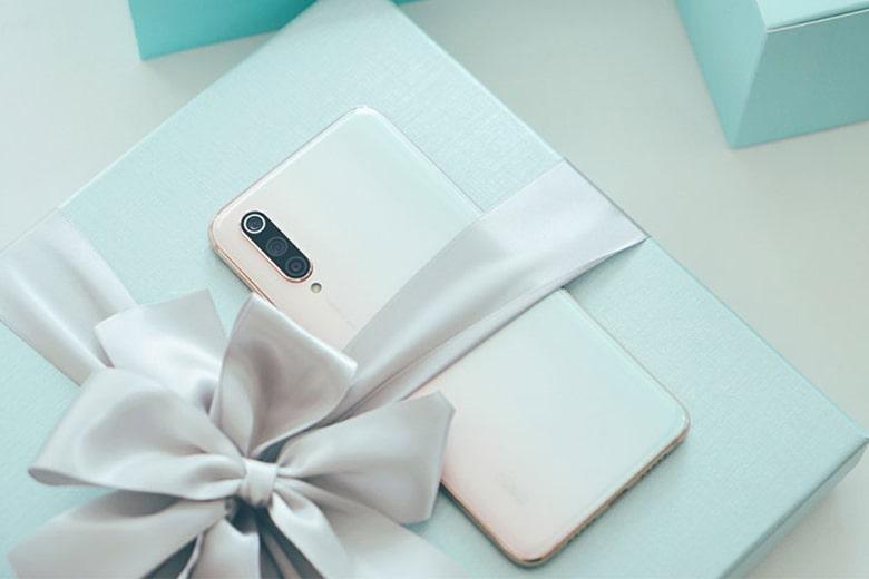 Đập hộp Xiaomi Mi CC9 Meitu