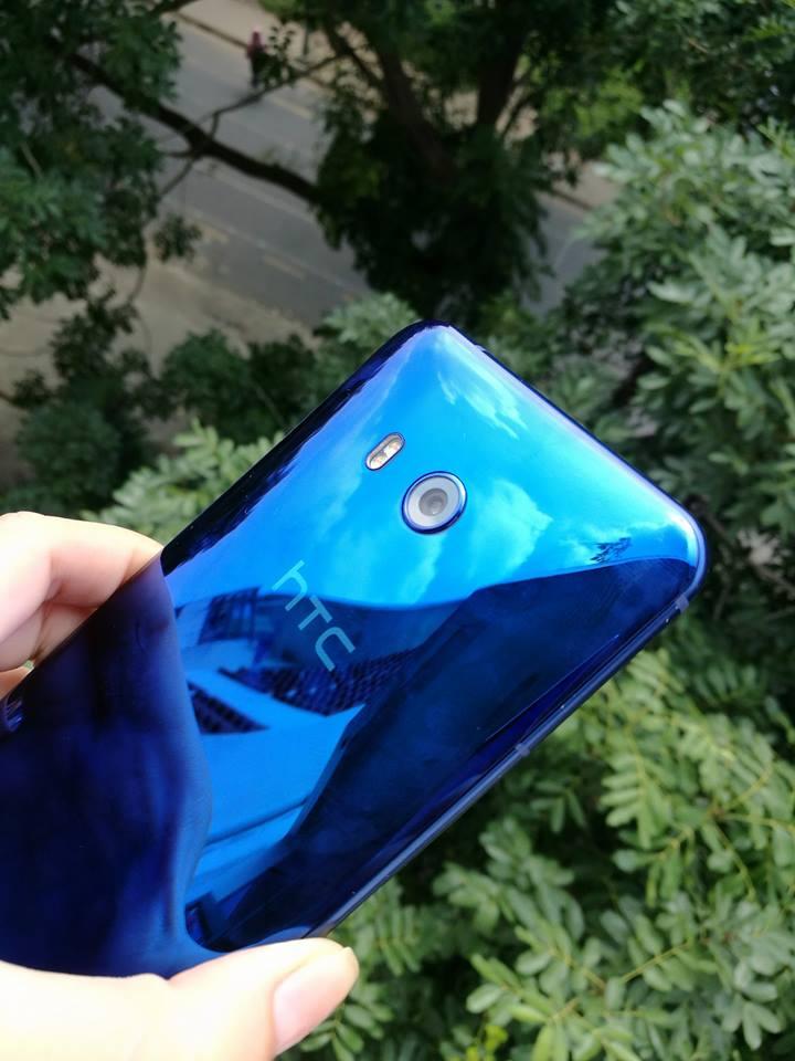 Điện thoại HTC 3