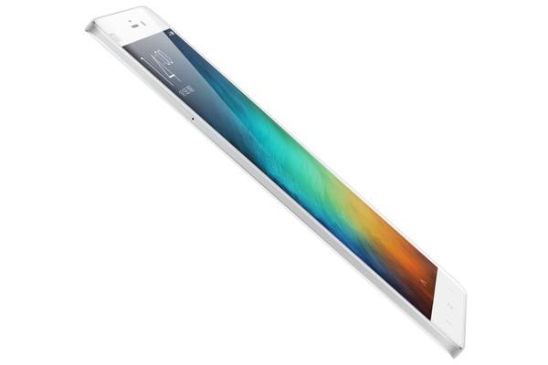Xiaomi Mi Note Pro thiết kế siêu mỏng
