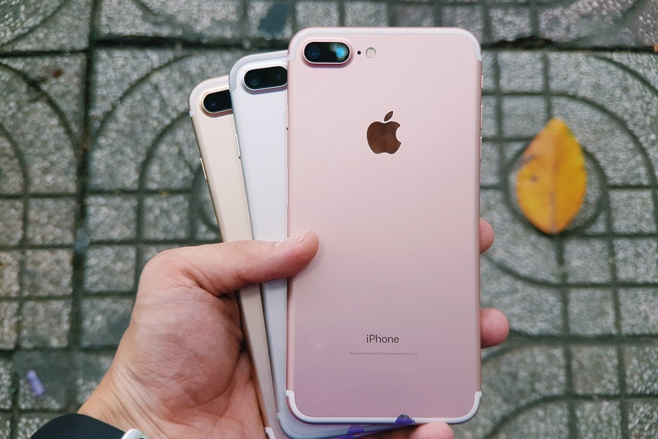 iphone-7-plus-anh-thuc-te-mat-lung-du-mau-min_hp2e-wv