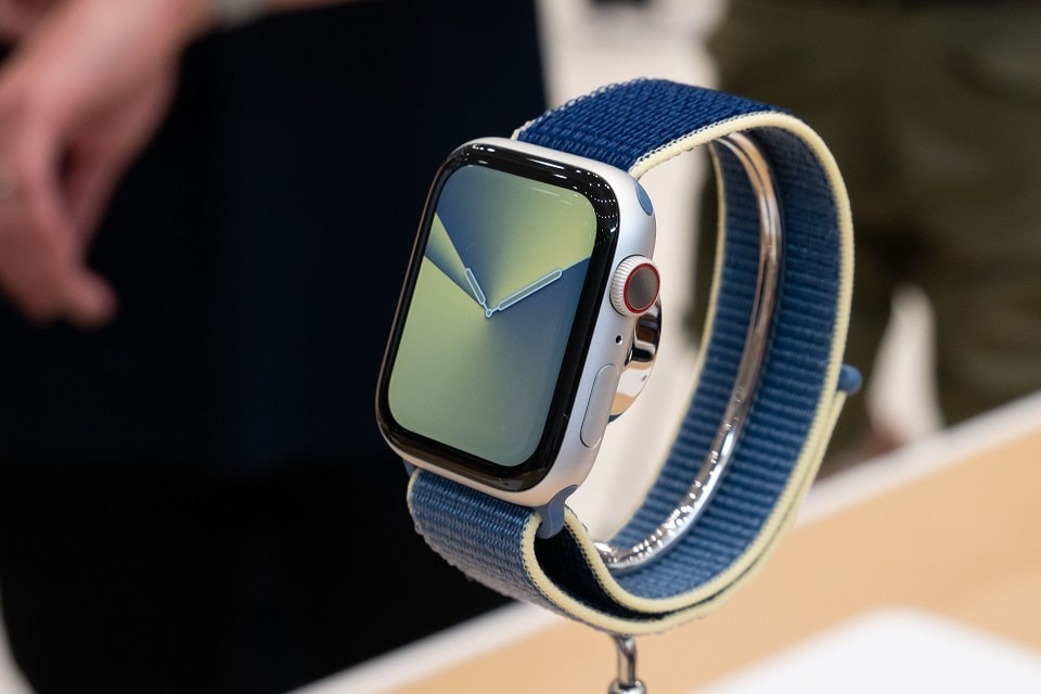 thiết kế Apple Watch Series 5 (44 mm)