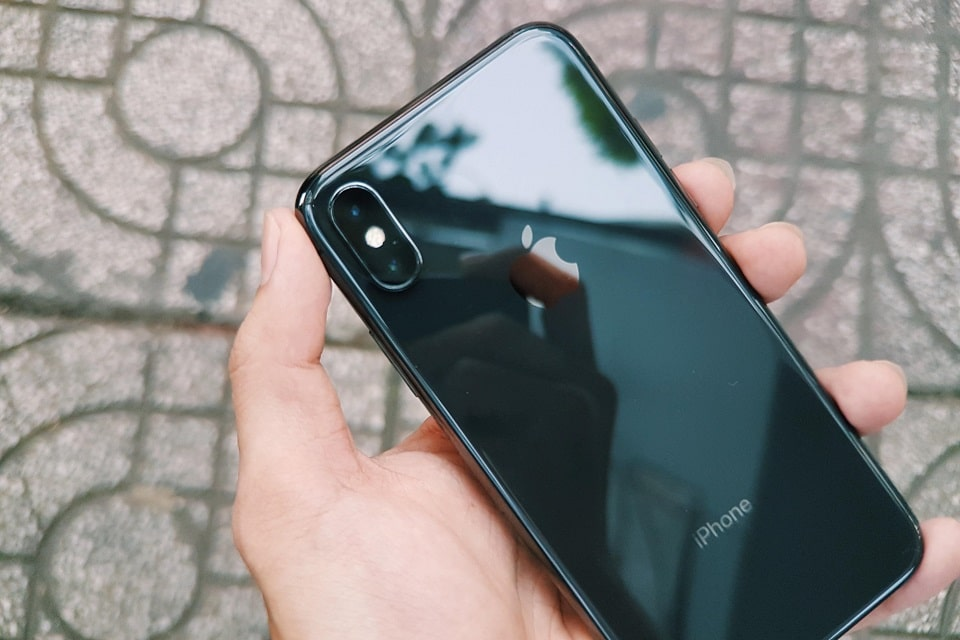iphone-x-64-256gb-anh-thuc-te-mat-sau-min_xt7p-ub