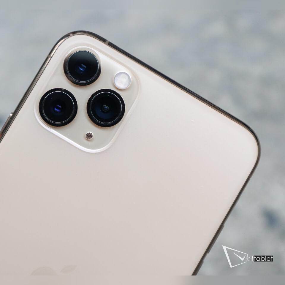 iphone-11-pro-anh-thuc-te-mat-sau-camera