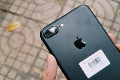 iphone-7-plus-anh-thuc-te-mat-lung-min_pyli-b6