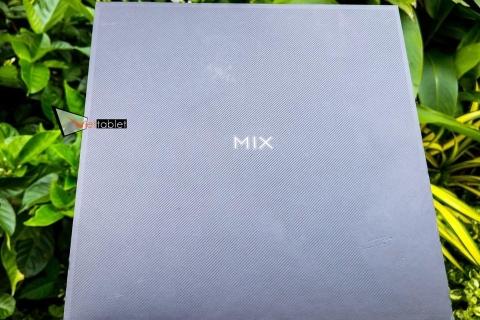 xiaomi-mi-mix-3-hinh-thuc-te