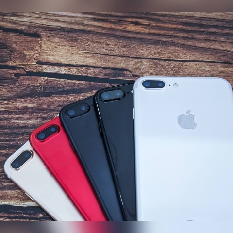 iphone-7-plus-anh-thuc-te-anh-so-luong-2