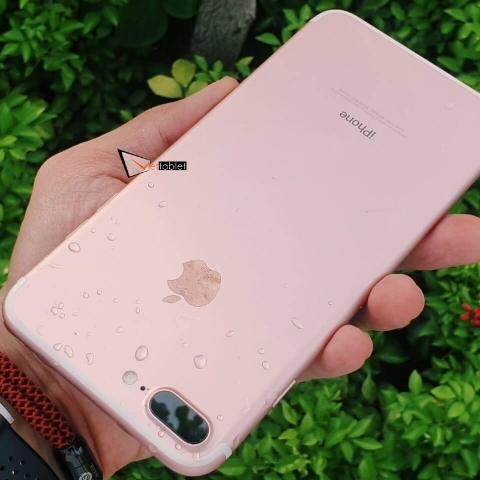 iphone-7-plus-anh-thuc-te-mau-hong-test-chong-nuoc_zyg4-ey