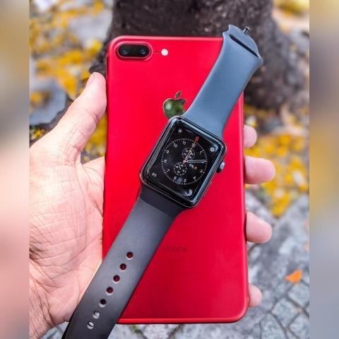 iphone-7-plus-hinh-thuc-te-mau-do-mat-sau_ypn1-a4