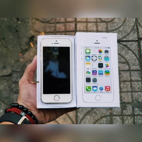 iphone-5s-chua-active-anh-thuc-te-mat-truoc